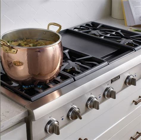 Thermador PCG364GD 36 Inch Pro-Style Gas Rangetop with 4