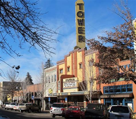 Bend Bulletin, 4 other Oregon newspapers to be sold, owner