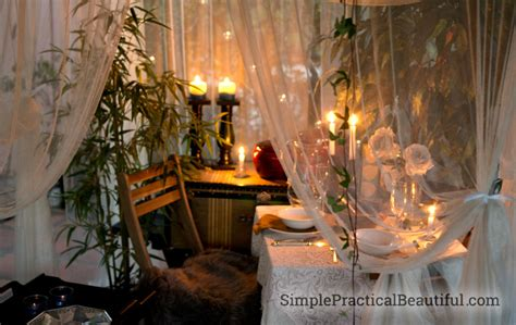 A Romantic Outdoor Dinner Tablescape | Simple Practical